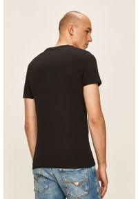 Czarny t-shirt Guess Jeans z nadrukiem, na co dzień, casualowy