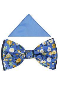 Adam Collection - Niebieska mucha w kwiaty A331. Kolor: niebieski. Materiał: tkanina, poliester. Wzór: kwiaty. Styl: elegancki
