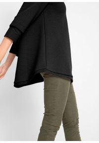 Bluza dresowa w strukturalny wzór w poziomy prążek, rękawy 3/4 bonprix czarny. Kolor: czarny. Materiał: dresówka. Wzór: prążki