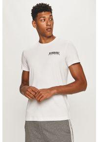 Biały t-shirt Diesel z okrągłym kołnierzem, na co dzień, z nadrukiem, casualowy