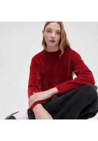 Cropp - Puszysty sweter - Bordowy. Kolekcja: plus size. Kolor: czerwony