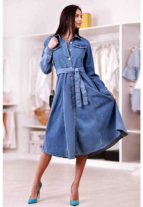Niebieska długa sukienka IVET
