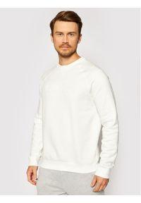 Guess Bluza U1YA02 K9V31 Biały Regular Fit. Kolor: biały