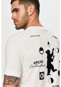 Biały t-shirt Scotch & Soda casualowy, z nadrukiem, na co dzień