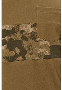 Oliwkowy t-shirt PRODUKT by Jack & Jones z okrągłym kołnierzem, casualowy, z nadrukiem
