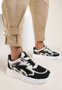 Renee - Czarne Sneakersy Undirene. Kolor: czarny