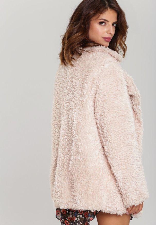 Beżowa kurtka zimowa Renee