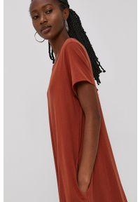 only - Only - Sukienka. Kolor: brązowy. Materiał: bawełna. Długość rękawa: krótki rękaw. Typ sukienki: rozkloszowane