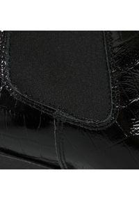 Czarne botki Lasocki na średnim obcasie, z cholewką, na obcasie