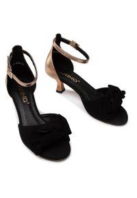 Sandały Karino eleganckie, z aplikacjami