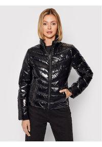 Calvin Klein Jeans Kurtka puchowa J20J216261 Czarny Slim Fit. Kolor: czarny. Materiał: puch