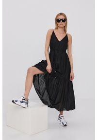 only - Only - Sukienka. Kolor: czarny. Materiał: tkanina. Długość rękawa: na ramiączkach. Wzór: gładki. Typ sukienki: rozkloszowane