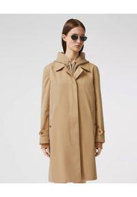 Burberry - BURBERRY - Beżowy płaszcz Pimlico Heritage. Okazja: na co dzień. Kolor: beżowy. Materiał: materiał. Długość rękawa: długi rękaw. Długość: długie. Styl: sportowy, klasyczny, casual