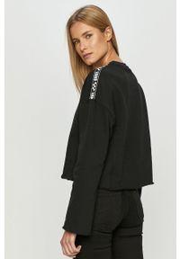 Czarna bluza Vans z długim rękawem, casualowa, z aplikacjami