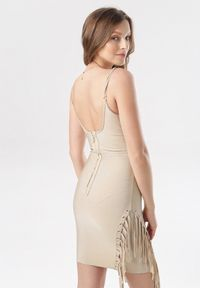 Born2be - Beżowa Sukienka Evilirea. Kolor: beżowy