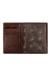 Wittchen - Męski portfel skórzany z kieszonką na suwak. Kolor: brązowy. Materiał: skóra