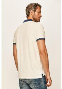 Pepe Jeans - Polo Corentin. Okazja: na co dzień. Typ kołnierza: polo. Kolor: biały. Materiał: dzianina. Długość: krótkie. Styl: casual
