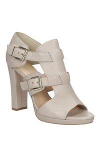 Beżowe sandały Bruno Premi klasyczne, na lato, w kolorowe wzory, na co dzień