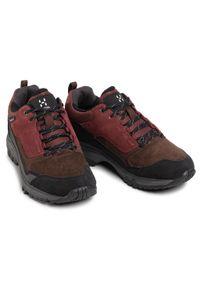Czerwone buty trekkingowe z cholewką