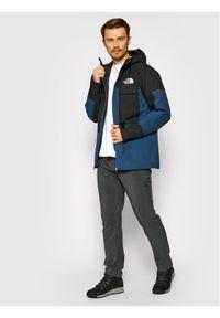 The North Face Kurtka narciarska Balfron NF0A3LZ93ZP1 Granatowy Regular Fit. Kolor: niebieski. Sport: narciarstwo