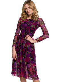Makover - Rozkloszowana sukienka z siateczki w kwiaty. Wzór: kwiaty. Styl: elegancki. Długość: midi