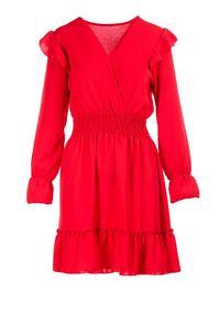 Czerwona sukienka mini Born2be