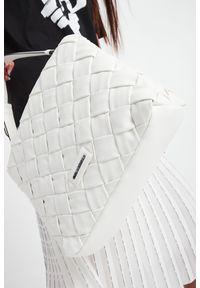 Karl Lagerfeld - TOREBKA KARL LAGERFELD. Wzór: ze splotem, kratka. Materiał: skórzane