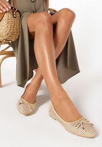Born2be - Beżowe Balerinki Viviexie. Nosek buta: okrągły. Zapięcie: bez zapięcia. Kolor: beżowy. Szerokość cholewki: normalna. Wzór: gładki. Styl: boho, klasyczny, elegancki