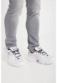 Versace Jeans Couture - SNEAKERSY VERSACE JEANS COUTURE. Nosek buta: okrągły. Zapięcie: sznurówki. Materiał: materiał. Wzór: aplikacja, nadruk