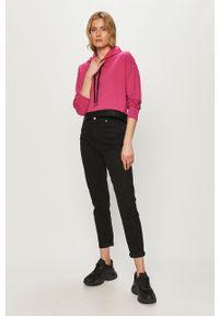 Różowa bluza 4f z aplikacjami, z kapturem