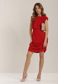 Renee - Czerwona Sukienka Charismas. Kolor: czerwony
