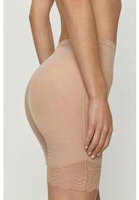 Spanx - Szorty modelujące Spotlight On Lace. Kolor: beżowy