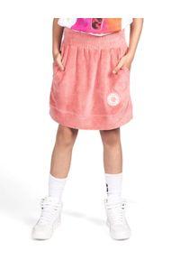 ROBERT KUPISZ - Różowa spódnica z logo Kids Velvet. Kolor: różowy, wielokolorowy, fioletowy. Materiał: materiał. Wzór: aplikacja