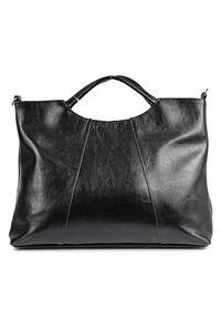 Czarna torebka DAN-A elegancka