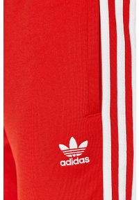 Czerwone spodnie dresowe adidas Originals z aplikacjami #4