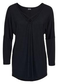 Shirt z długim rękawem i ozdobnym elementem bonprix czarny. Typ kołnierza: dekolt w serek. Kolor: czarny. Długość rękawa: długi rękaw. Długość: długie