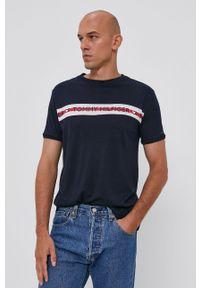 TOMMY HILFIGER - Tommy Hilfiger - T-shirt. Okazja: na co dzień. Kolor: niebieski. Materiał: włókno, skóra. Wzór: nadruk. Styl: casual