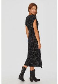 Czarna sukienka Answear Lab na co dzień, w grochy, wakacyjna, rozkloszowana #5