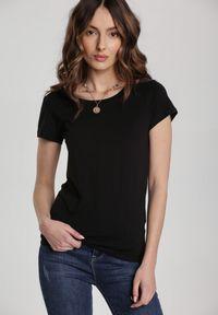 Renee - Czarny T-shirt Ariema. Kolor: czarny