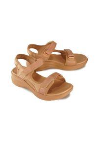 Sandały Azaleia w paski, na rzepy
