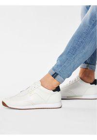 Białe sneakersy BOSS