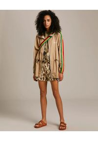PALM ANGELS - Beżowa kurtka z monogramem Exodus. Kolor: beżowy. Materiał: materiał. Długość rękawa: długi rękaw. Długość: długie. Wzór: kolorowy, aplikacja