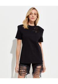 SER.O.YA - Czarny t-shirt. Kolor: czarny. Materiał: jeans, bawełna. Wzór: aplikacja, ażurowy