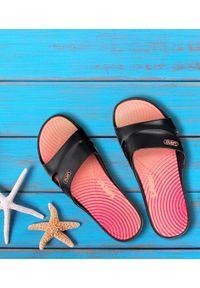 LANO - Klapki damskie basenowe Lano KL-3-2246-10 Czarne. Okazja: na plażę. Kolor: czarny. Materiał: guma. Obcas: na obcasie. Wysokość obcasa: średni, niski