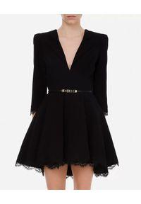 Czarna sukienka mini Elisabetta Franchi klasyczna, w koronkowe wzory