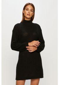 Czarna sukienka Noisy may casualowa, prosta
