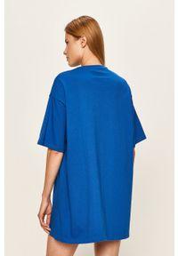 Niebieska sukienka Local Heroes mini, casualowa, z okrągłym kołnierzem