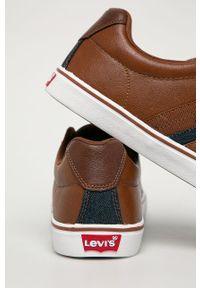 Brązowe sneakersy Levi's® z okrągłym noskiem, na spotkanie biznesowe, na sznurówki, z cholewką