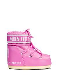 Różowe buty zimowe Moon Boot na koturnie, z cholewką
