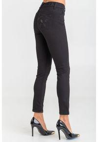 Czarne jeansy Liu Jo w kolorowe wzory